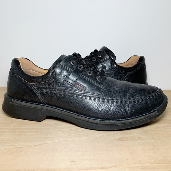 Ecco Black Leather Round Toe Derby Oxfords